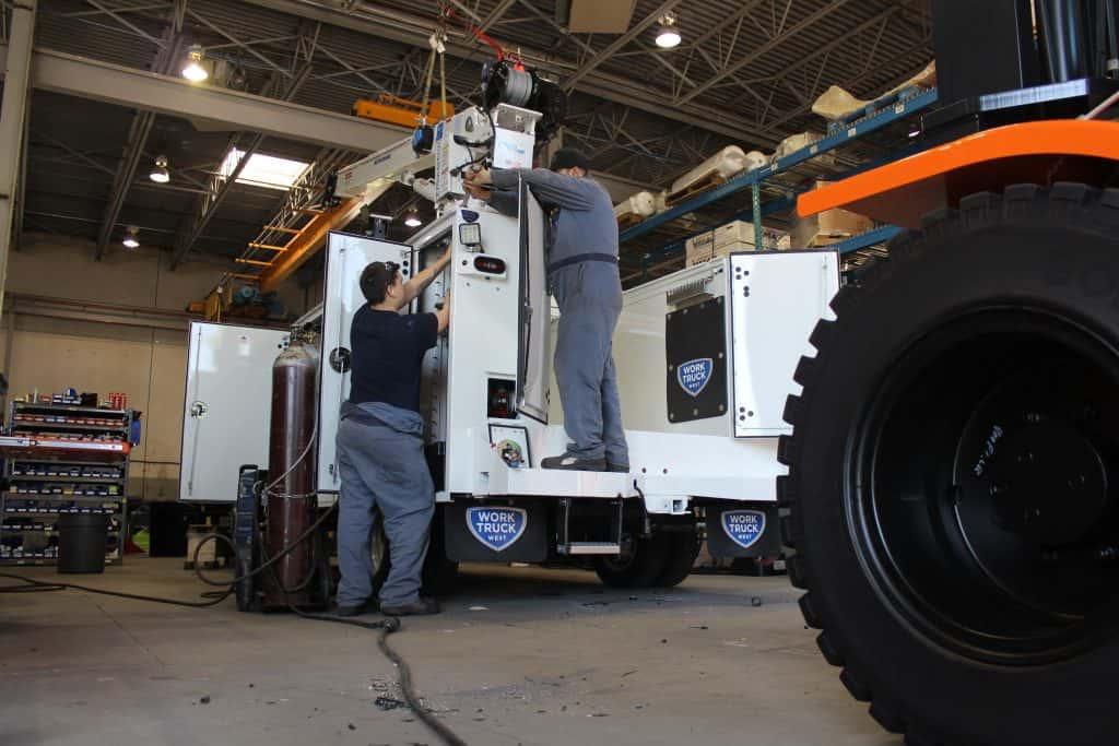 truck upfit technicians